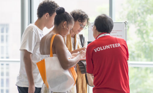 Volunteer at our Congress